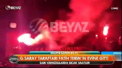 Galatasaray taraftarı Terim'in evinin önüne gitti