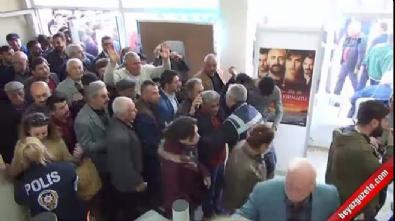 Ülkücü Gençler Halaçoğlu ve Özdağ'ın Silifke'de ki konferansını bastı