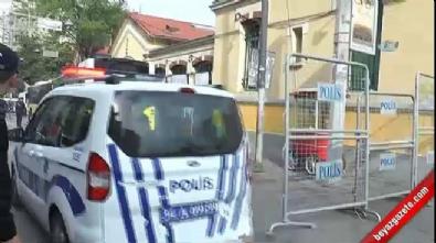İstiklal Caddesi'nde iki kişi gözaltına alındı
