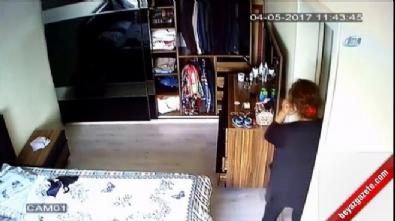 Yatak odasına kamera taktı, hırsız komşu kadın çıktı...O anlar kamerada