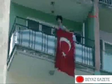 Denizli'de HDP'lilere karşı Türk bayağı açan genci ailesi darp etti!