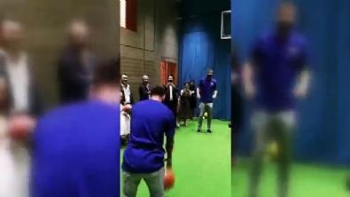 Messi Basket, Arda Turan Terlik Attı!