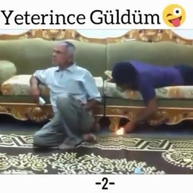 Gülmekten öldüren video