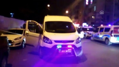 Manisa'da bıçaklı kavga: 1 ölü, 2 yaralı