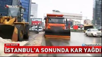 avrupa - İstanbul'a sonunda kar yağdı