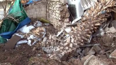 kalaba -  Reyhanlı'ya 2 roket atıldı
