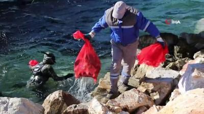 elektronik atik -  Belediye dalgıçları Kumbahçe iskele ve liman çevresini temizledi