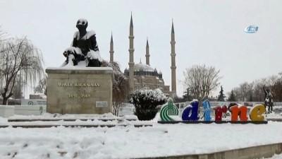 Mimar Sinan'ın ustalık eseri Selimiye'de kar manzarası havadan görüntülendi