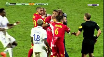 fransa - Maç anında takım arkadaşıyla tekme tokat kavga etti!