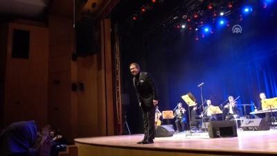 aritas - Ahmet Özhan 50. sanat yılını CRR'de kutladı - İSTANBUL
