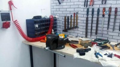 İstanbul'da kaçak silah üretim deposuna baskın: 2 gözaltı