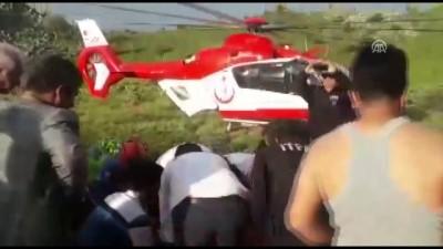 ambulans helikopter - Dağlık alandaki yaralı çocuk ambulans helikopterle alındı - KAHRAMANMARAŞ