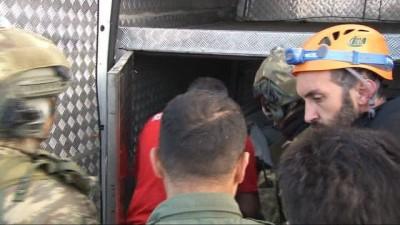ambulans helikopter -  Hayatını kaybeden dağcının cenazesi helikopter ile alındı