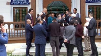 """11'inci Cumhurbaşkanı Abdullah Gül:"""" Evet doğru, gündüz vakti yapılan bir ziyaretti"""""""
