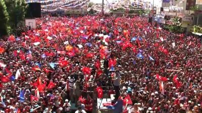 vampir - Cumhurbaşkanı Erdoğan: 'Burada teröristleri, haramzadeleri, kendi halkının kanına susamış vampirleri gezdirmeyiz' - VAN
