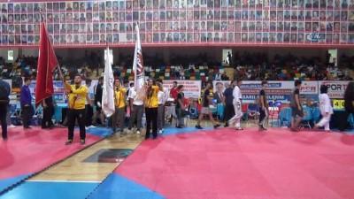 Türkiye Taekwondo Şampiyonası açılış sereonisi yapıldı