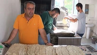 Tandır ekmeğiyle iş sahibi oldu