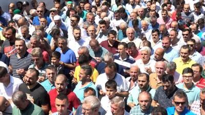 Atma türkü sanatçısı Ahmet Çakar toprağa verildi