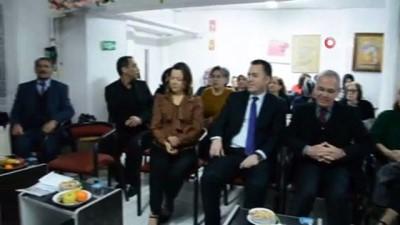 Dinar Kaymakamı ve belediye başkanı yılbaşını huzurevi sakinleri ile geçirdiler