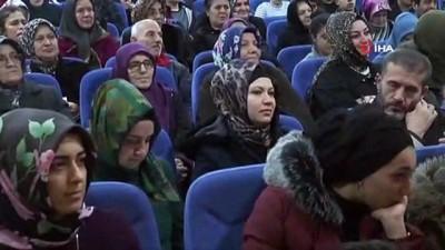 calisan gazeteciler -  Esenler'de 'Gazetecilik Mesleğinin Geleceği' konuşuldu