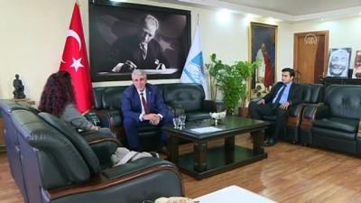 makam koltugu - CHP'li belediye başkanı koltuğunu AK Partili üyeye emanet etti - İZMİR