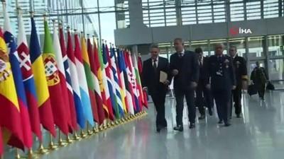 Bakan Akar, NATO Karargahında