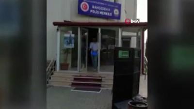 arac plakasi -  İnternete sahte ilan vererek araç satmak için buluştukları kişiyi gasp eden 3 kişi yakalandı