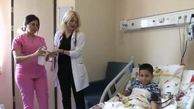 Küçük Ezel babasının dikkatiyle sağlığına kavuştu - HATAY