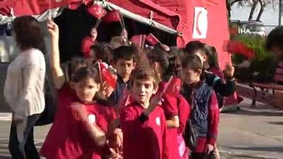 Yüzlerce çocuk 'Ağız ve Diş Sağlığı Şenliği'nde