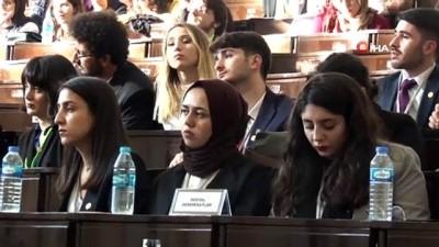 """TBMM Başkanı Şentop """"Meclis Simülasyonu' etkinliğinin açılış törenine katıldı"""