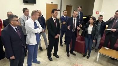 """AFSÜ Rektörü Okumuş; """"İlaç yapabilen eczacılar yetiştireceğiz"""""""