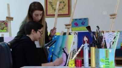 resim tablosu - Nagihan öğretmen, resim yeteneğini keşfettiği öğrencisinin hayatına dokundu - BURSA