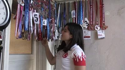 milli halterci - Şampiyon halterci Ayşegül Çakın'ın hedefi olimpiyatlarda zirve - AYDIN