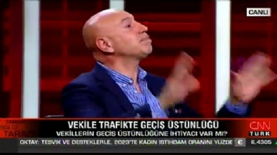 CHP'li Aksünger 20 bin liralık maaşları savundu!