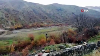 Bitlis kırsalında PKK'lılar tarafından köy yoluna gömülmüş EYP böyle imha edildi
