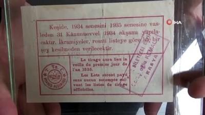 85 yıllık piyango biletine gözü gibi bakıyor