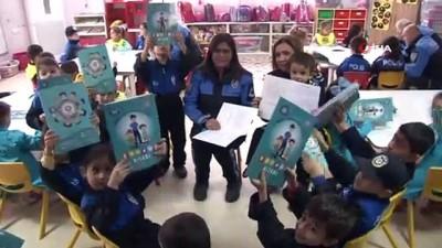 masal kitabi -  Kadın polis memurunun hazırladığı hikaye kitabı ana okullarına dağıtılıyor