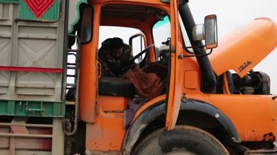 Tel Abyad'da bombalı araç yakalandı