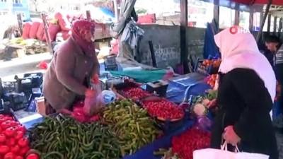 Bu pazarın esnafları kadınlar