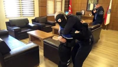 makam koltugu - Down sendromlu çocuklar polis oldu - BİLECİK Videosu