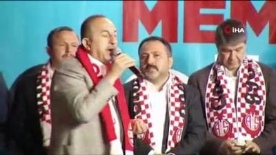 birlesmis milletler -  Bakan Çavuşoğlu: 'Meral Akşener, teröristlerle niye el ele diz dize oturmuş siyaset yapıyor onun hesabını versin önce'