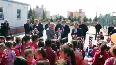 'Oyuncaksız Çocuk Kalmasın' projesi