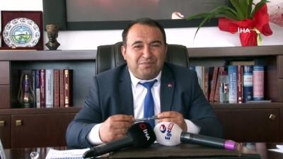 makam koltugu -  Yeni başkan makam koltuğuna oturunca şok yaşadı...34 bin nüfuslu Bozdoğan'da yaşayan herkese 2 bin 300 TL borç düşüyor  Videosu