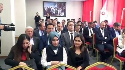 Alanya Belediye Başkanı Yücel, mazbatasını aldı