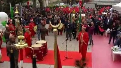 fetih coskusu -  Bursa'da fetih şenliklerinde 'Diriliş' izdihamı