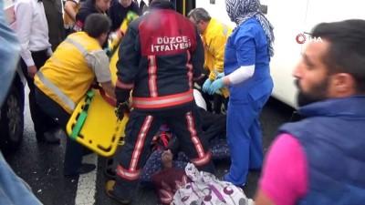 TEM'de otobüs tıra çarptı: 7 yaralı