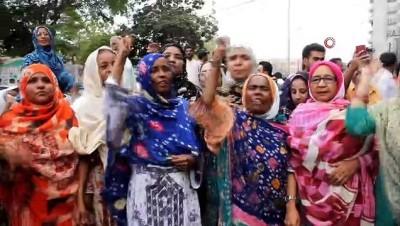 - Eski Pakistan Devlet Başkanı Zerdari Gözaltına Alındı