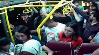 Kahraman şoförün fenalaşan kadını hastaneye götürme çabası kamerada