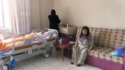 prostat kanseri - Hasta, engelli ve yatalak ailesine gözü gibi bakıyor - ŞANLIURFA  Videosu