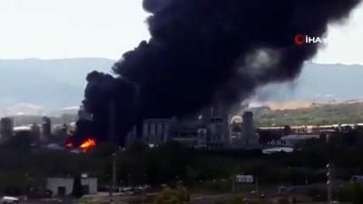 petrol rafinerisi -  - Cebelitarık'ta rafineri patladı, zehirli duman tehlikesi korkuttu